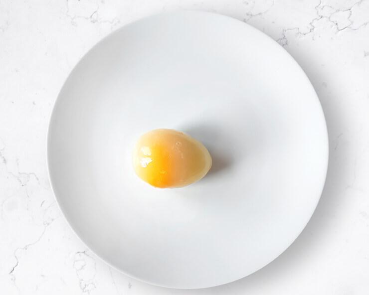 Czy można zamrozić jajko w skorupce?