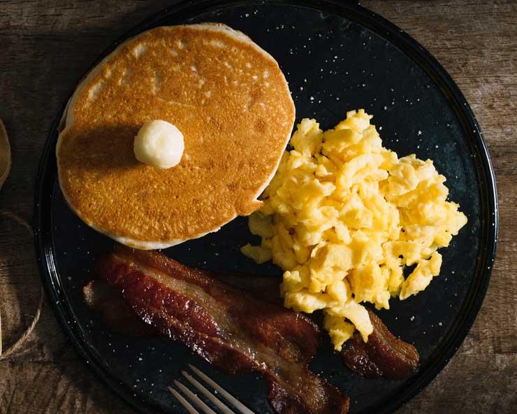 Jajecznica na śniadanie